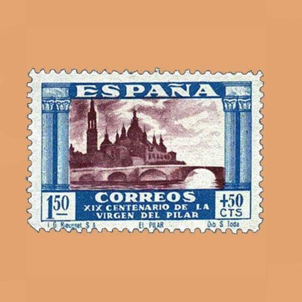 Edifil 899 XIX Centenario de la Virgen del Pilar Sello 1,50ptas. + 50cts. 1940 azul y sepia
