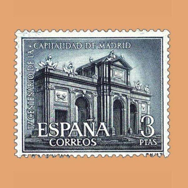 Edifil 1392. Capitalidad Madrid. Puerta de Alcalá. Sello 3 ptas. ** 1961