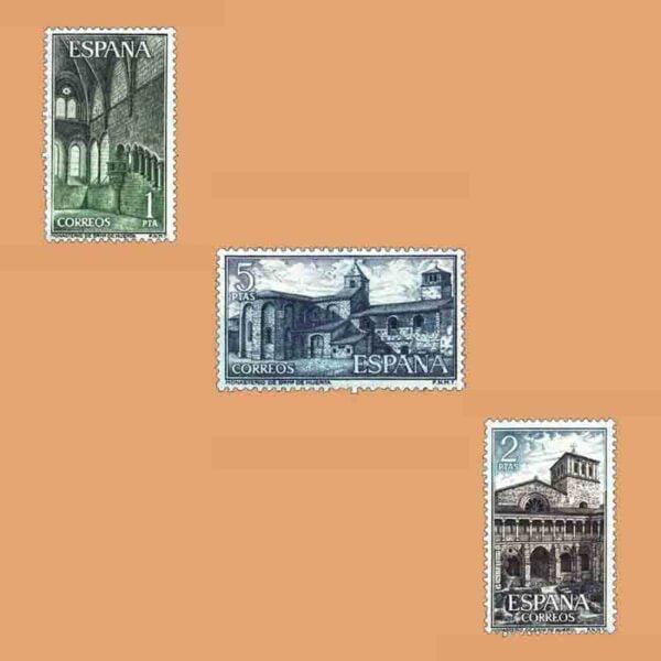 Edifil 1563-1565. Serie Monasterio de Santa María de Huerta. 3 valores. ** 1964