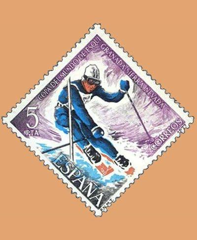 Edifil 2408. Copa del Mundo de Esquí. Sello 5 pts. **1977